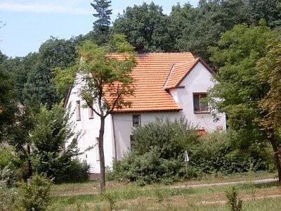 Na zdjęciu widać zabudowę mieszkalną w miejscowości Grochowa