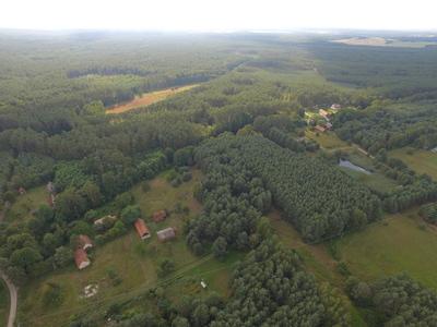 Na zdjęciu widać miejscowości: Złotówek, z lotu ptaka