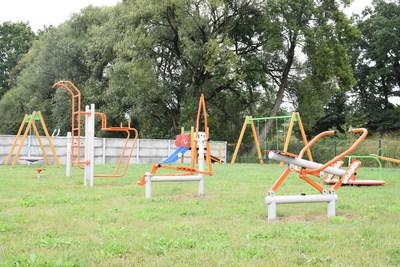 Na zdjęciu widać plac zabaw w miejscowości: Rzędziszowice