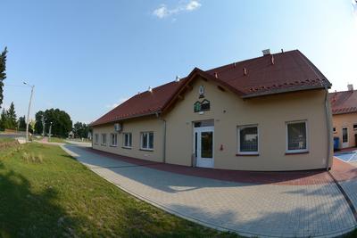 Zdjęcie przedstawia Centrum Inicjatyw Lokalnych - świetlicę wiejską w Czeszowie